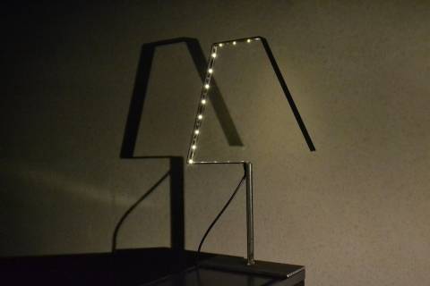 LAMP_Medium_BlackSteel_by_Silhouet_Diagonal_01