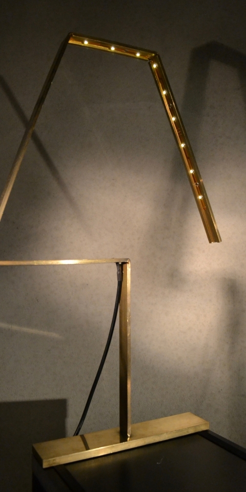 Silhouet L.A.M.P. Table Brass Diagonal